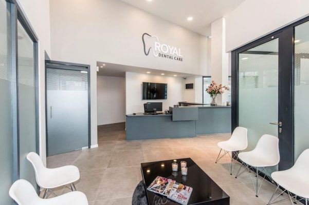 installation royal dental care anvers fona